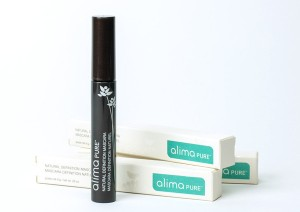 atural-Definition-Organic-Mascara_grande-1